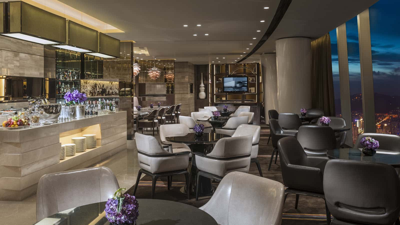 Heathrow Terminal  Restaurants Breakfast