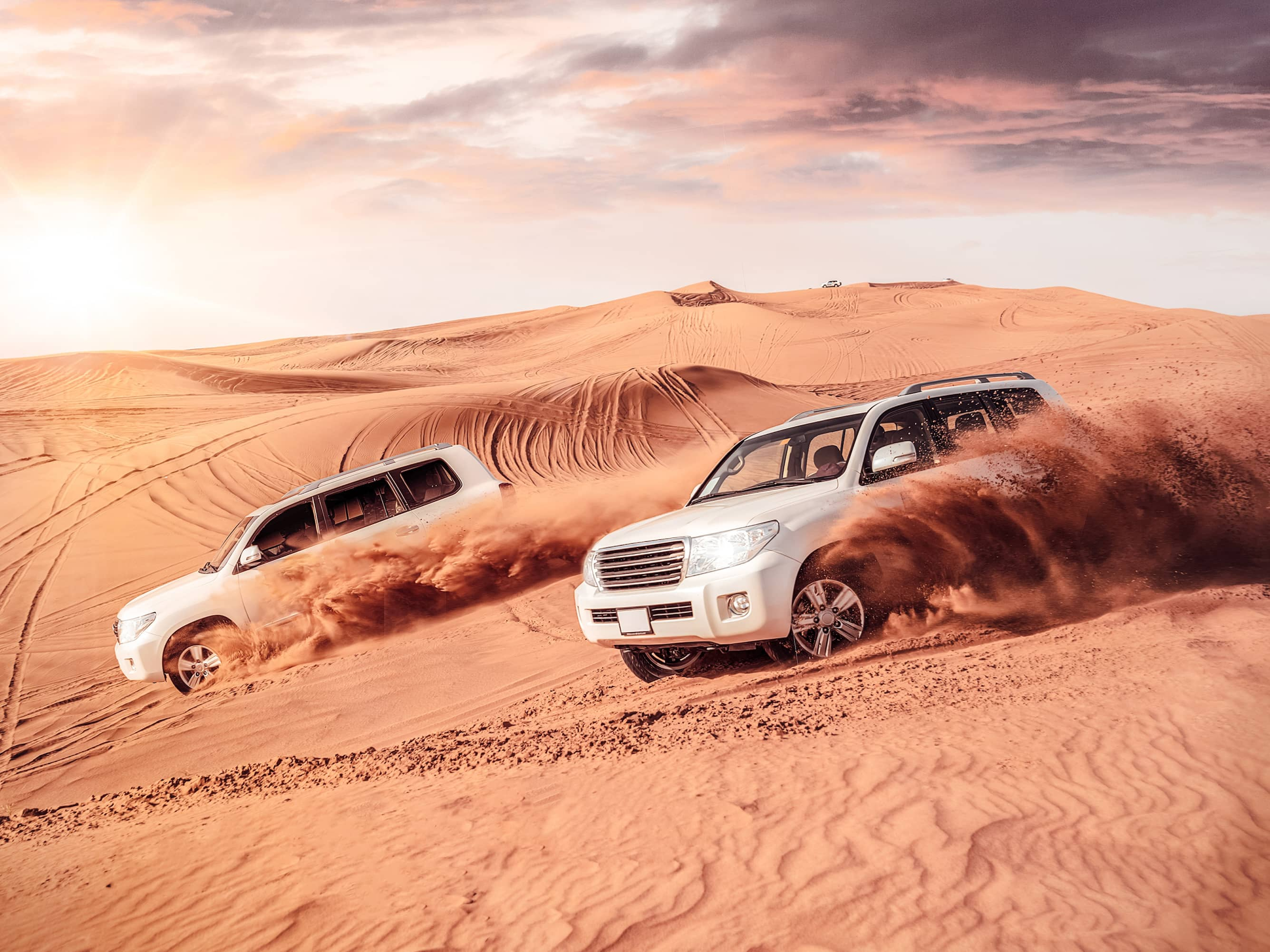 Race through the Dunes in a 4x4