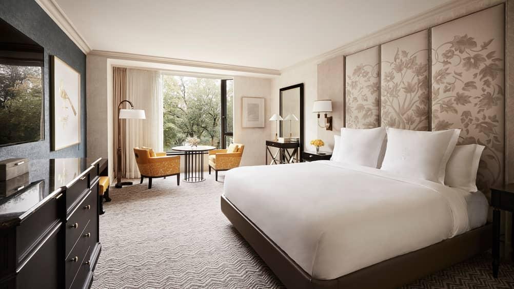 Four seasons hotel boston reveals transformation for Garden room 4 seasons
