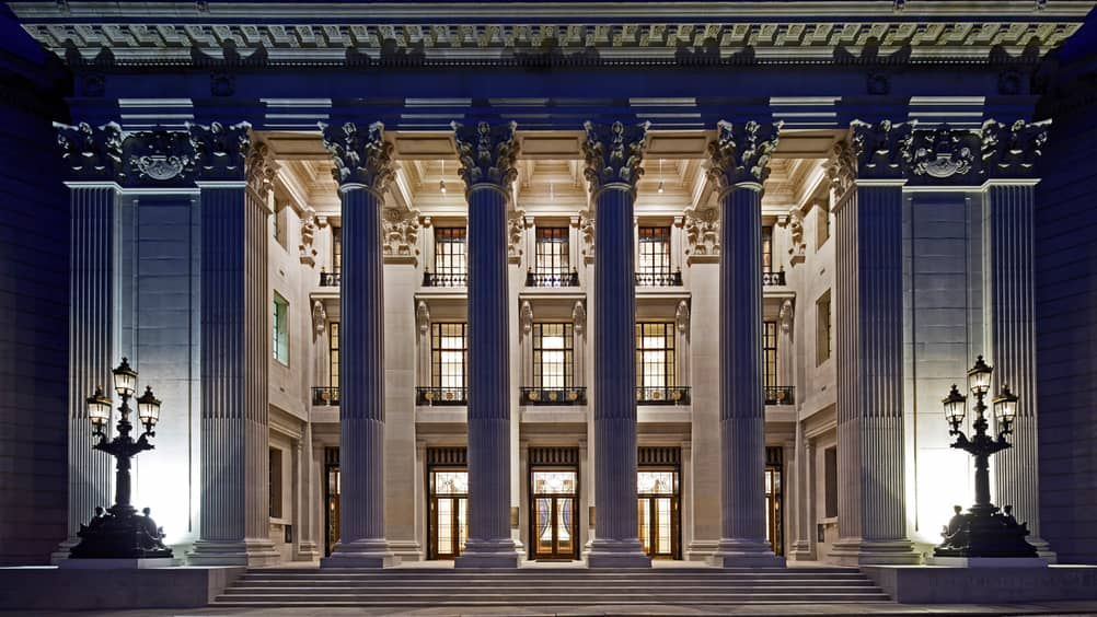 In A Landmark Of And Prestige The 1922 Headquarters Port London Authority Four Seasons Hotel At Ten Trinity Square Provides