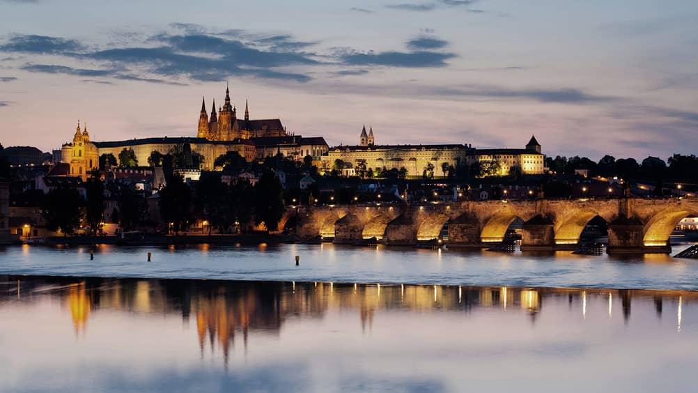 Resultado de imagen de Prague Saint Charles view