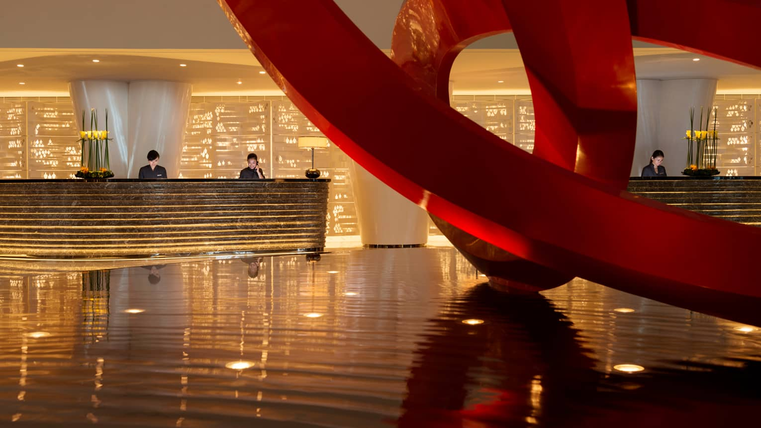 Guangzhou luxury hotel financial centre four seasons hotel for Design hotel 4 stars