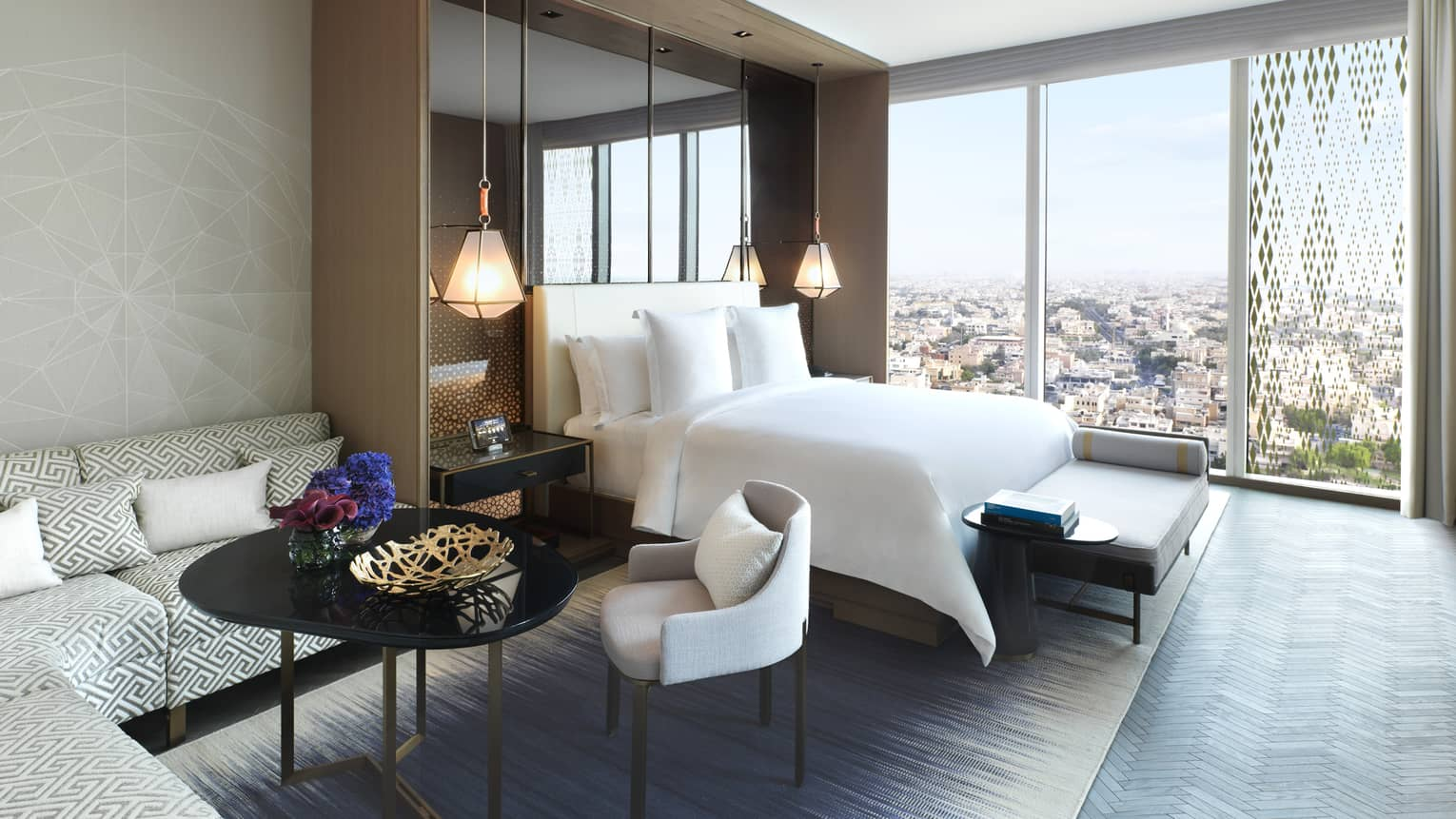 Kuwait Luxury Hotel Downtown Four Seasons Kuwait At Burj