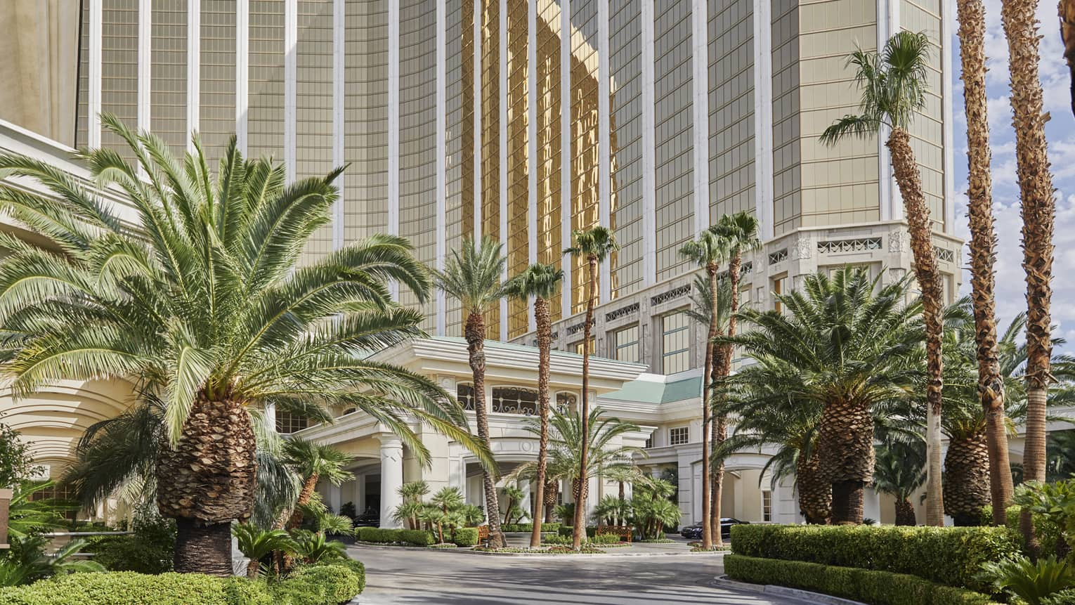 Palm trees along entrance of Four Seasons Hotel Las Vegas exterior
