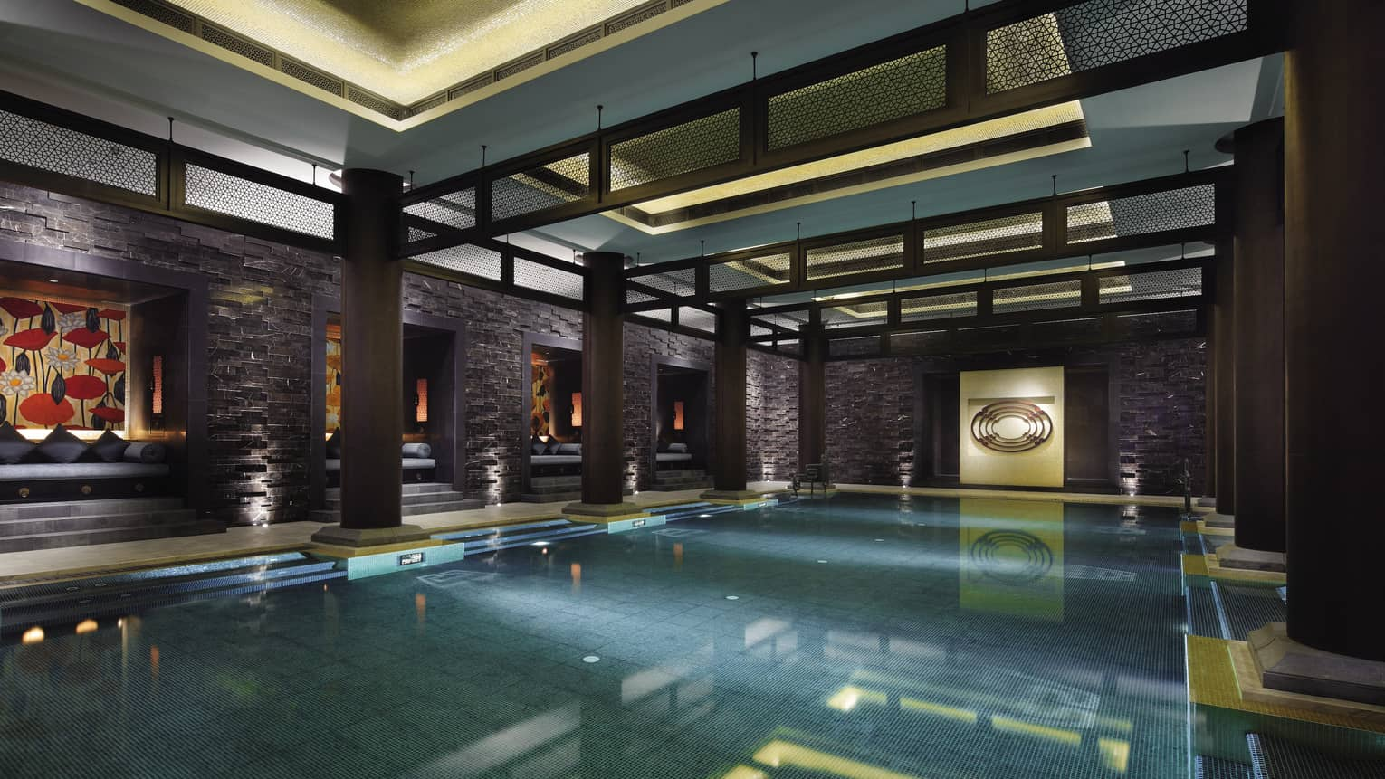 Indoor swimming pool under black brick beams, walls, Chinese art