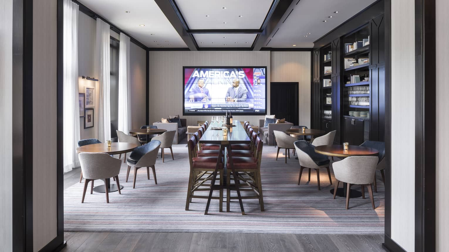Enjoy Sporting Events On Our 165 Television One Of The Largest In Vail Valley