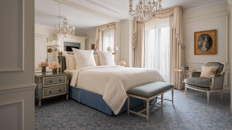 Luxury Hotel Paris 5 Star Four Seasons Hotel George V Paris