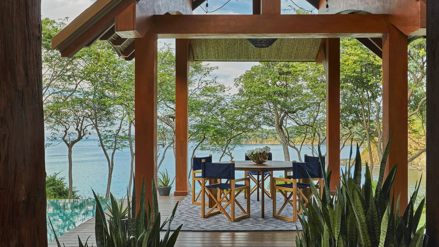 Miramar Suite-Outdoor Dining with Ocean View