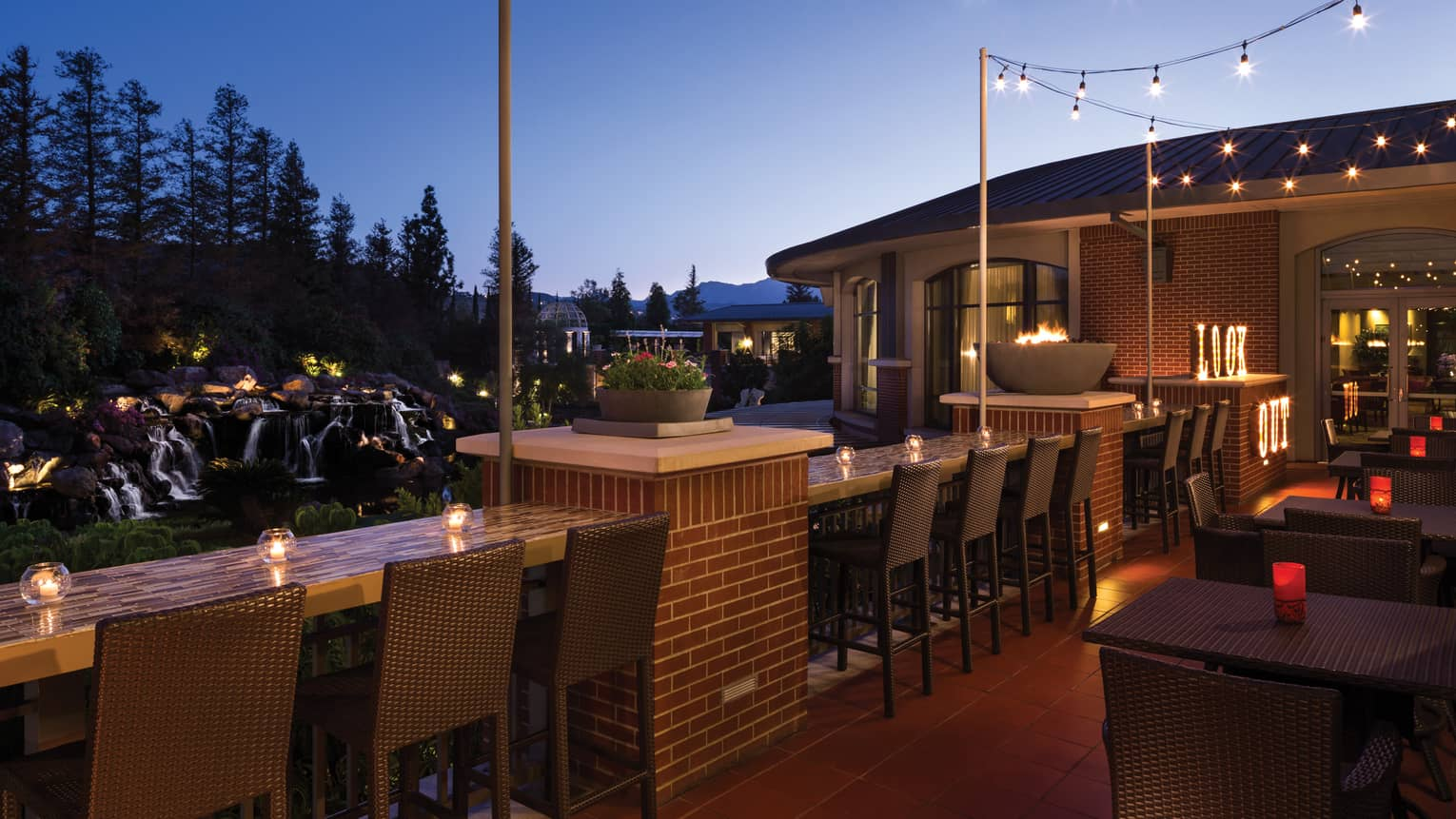 Westlake Village Restaurants & Bars | Four Seasons Hotel