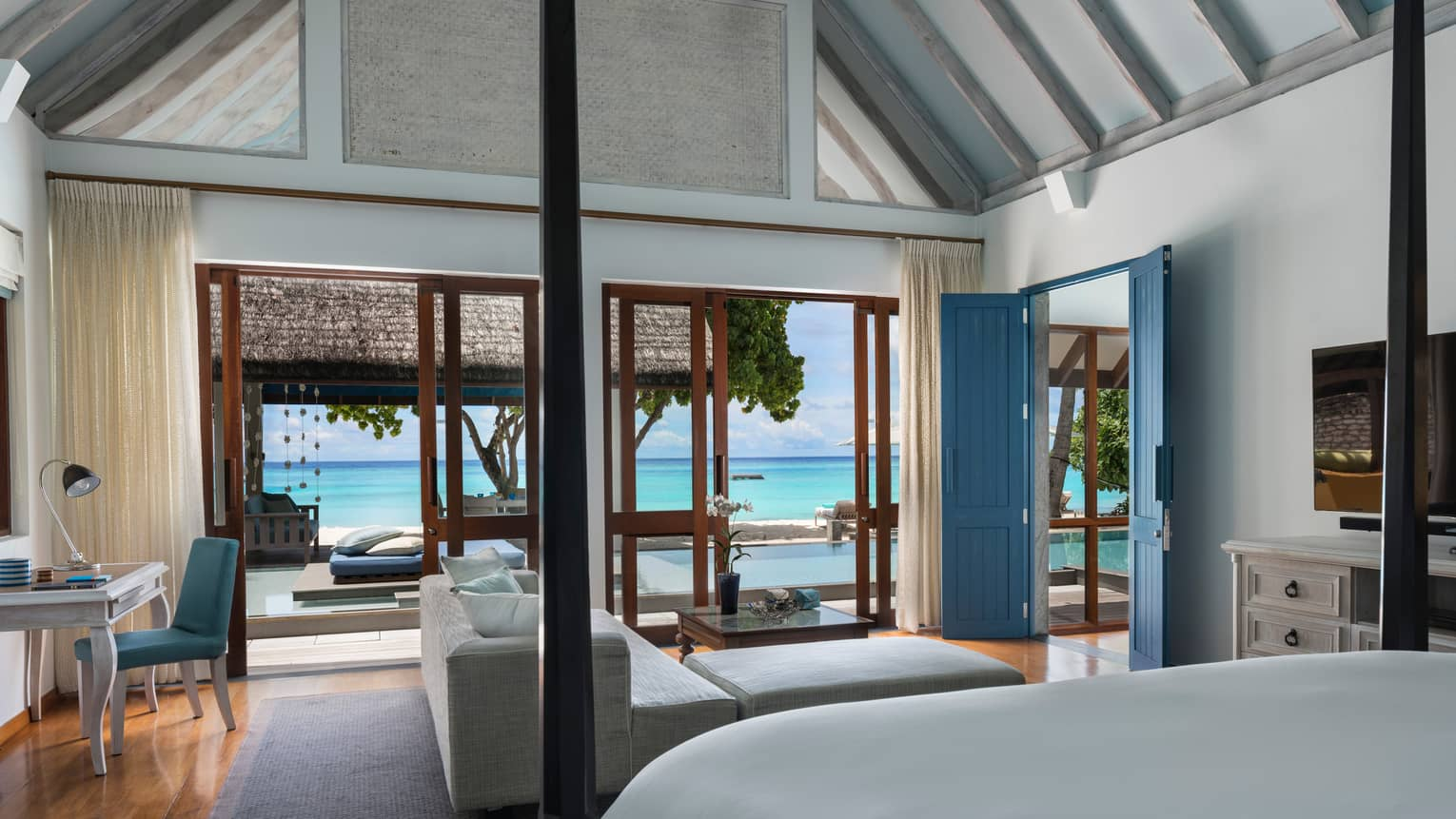 Two-Bedroom Oceanfront Bungalow with Pool bedroom