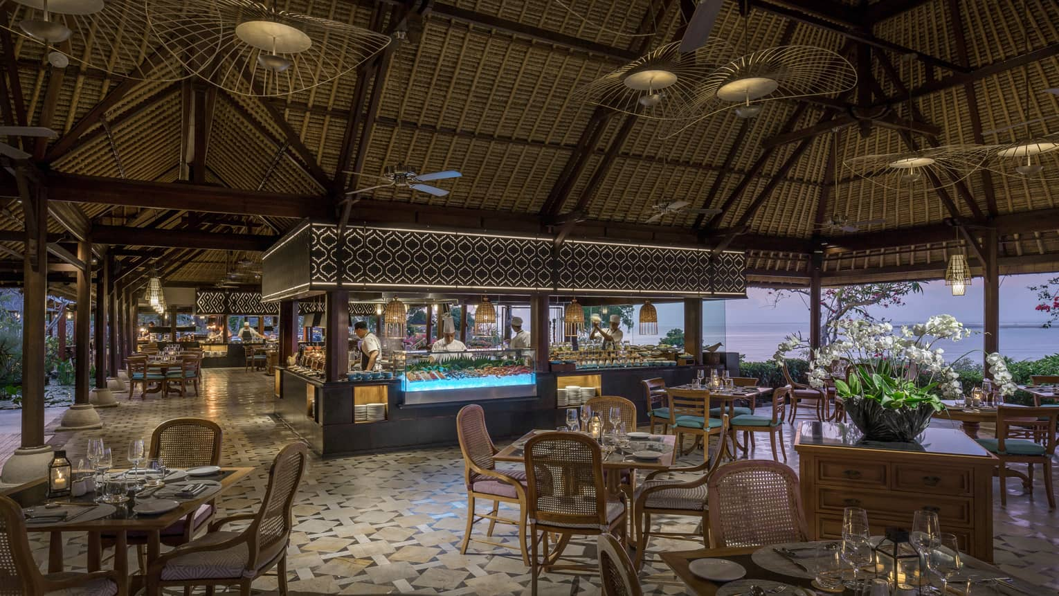 The dining room at Taman Wantilan, overlooking the beach