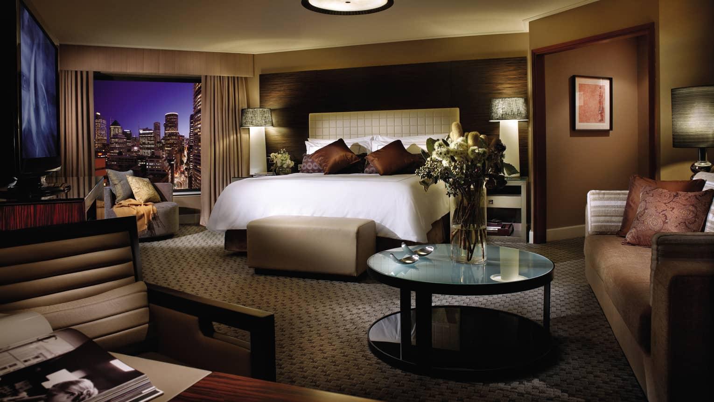 5-Star Luxury Hotel in Sydney CBD | Four Seasons Hotel Sydney