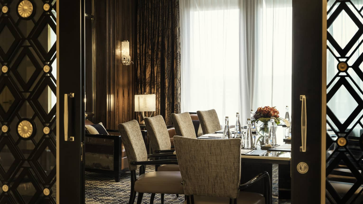 Four Seasons Hotel Jakarta's Salon 2 dining room for private dining