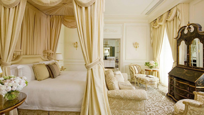 Geneva royal suite luxury hotel suites four seasons for Design hotel 16 geneva