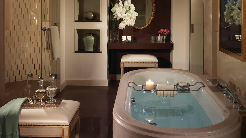Executive loft suite geneva suites four seasons hotel for Design hotel 16 geneva