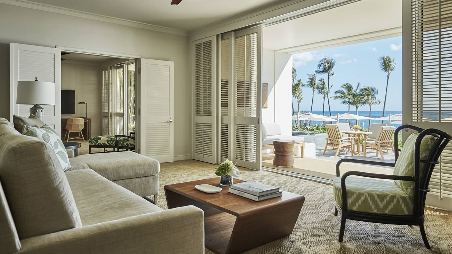 Pacific Suite living area with view to the ocean