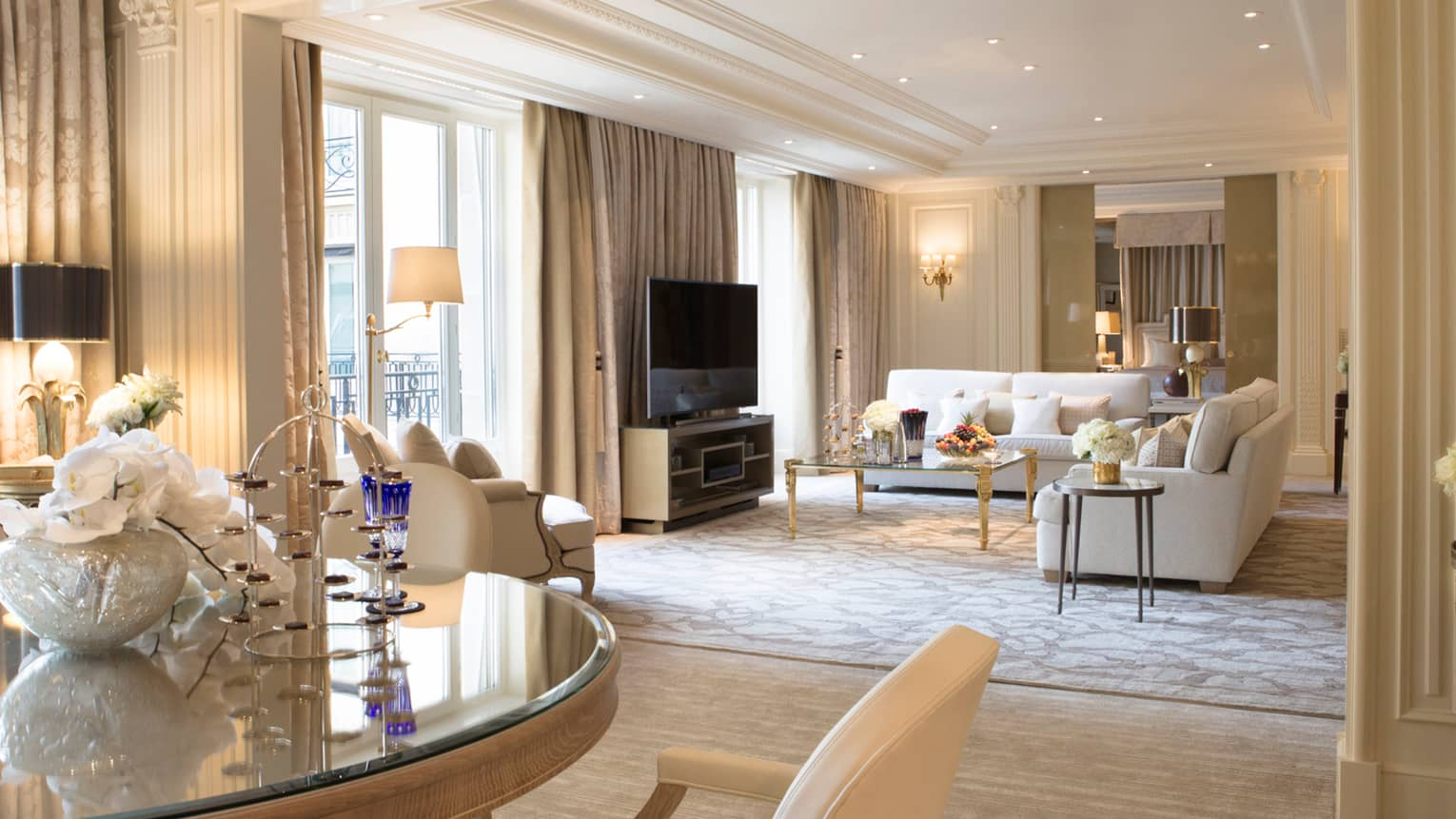 Presidential Suite Paris Four Seasons Hotel George V