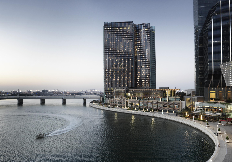 Abu Dhabi Hotel | Luxury Hotel | Four Seasons Al Maryah Island