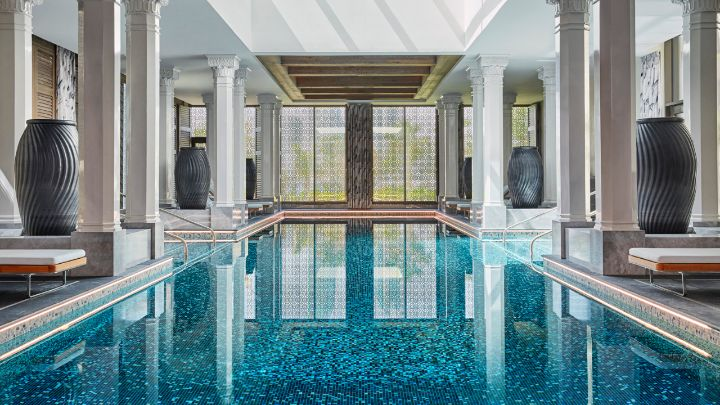 Spa pool  Hotel with an Indoor Pool in Bahrain Bay | Adults Only | Four Seasons