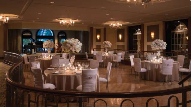 Make Your Wedding Completely Luminous In A Beverly Hills Setting Of Legendary Beauty Wilshire Four Seasons Hotel Offers Two