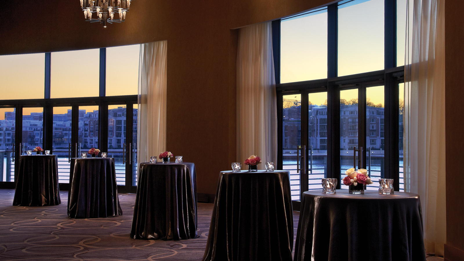 Luxury hotel named best wedding venue in baltimore at four seasons junglespirit Choice Image