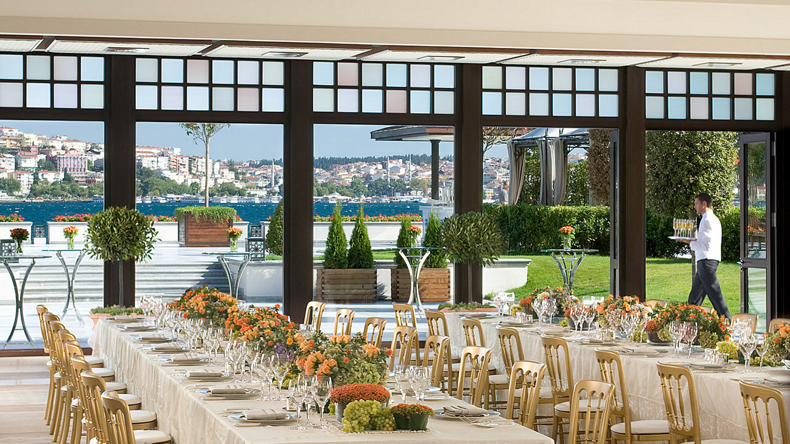 Istanbul Wedding Venues at Four Seasons Hotel at the Bosphorus