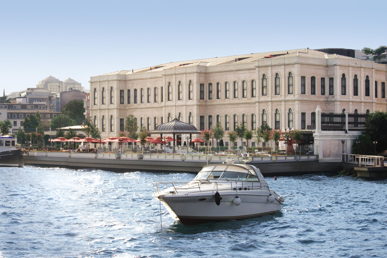 Istanbul Luxury Hotel Four Seasons Hotel Istanbul At The Bosphorus