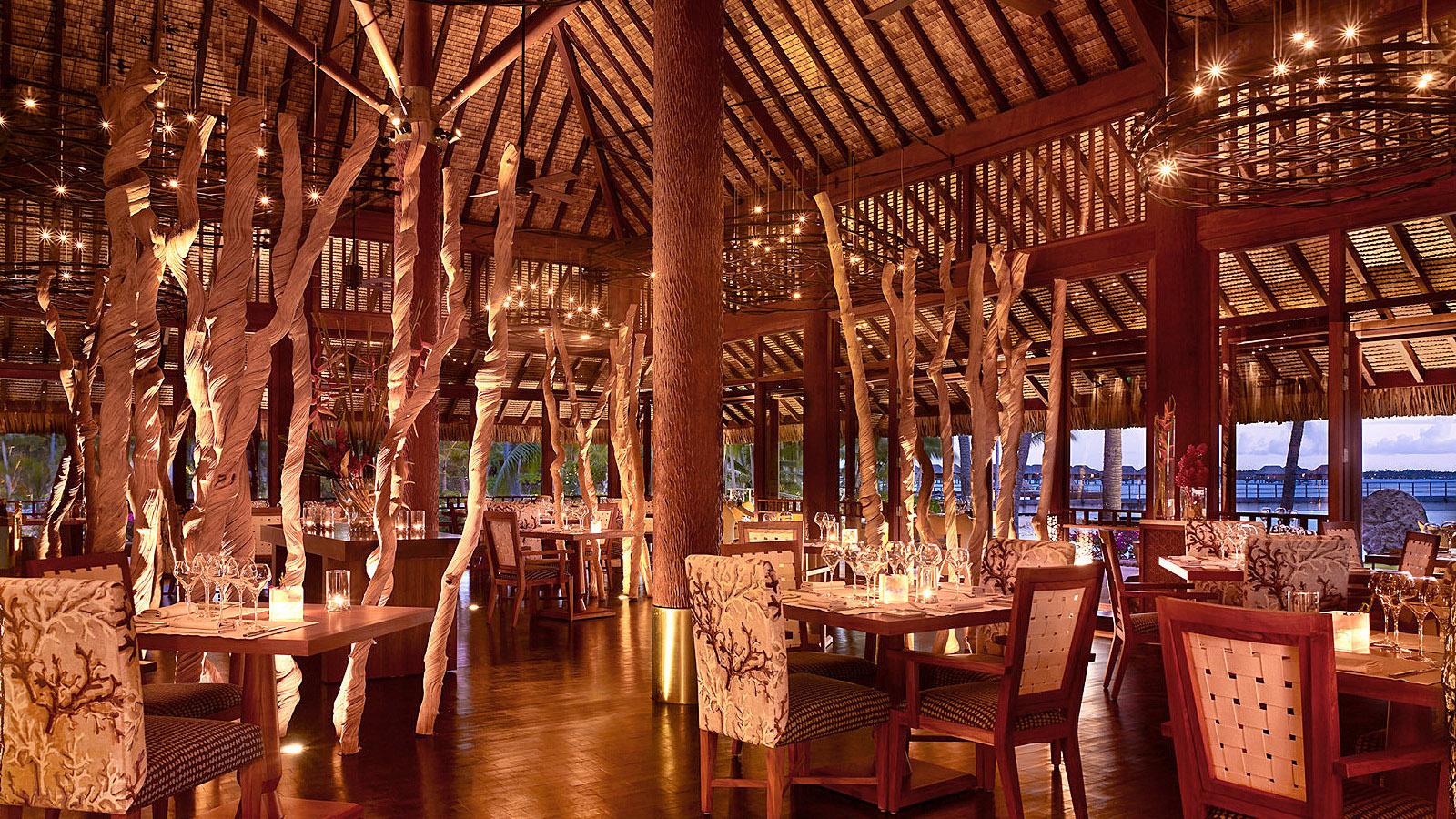 Arii Moana Restaurant At Four Seasons Resort Bora