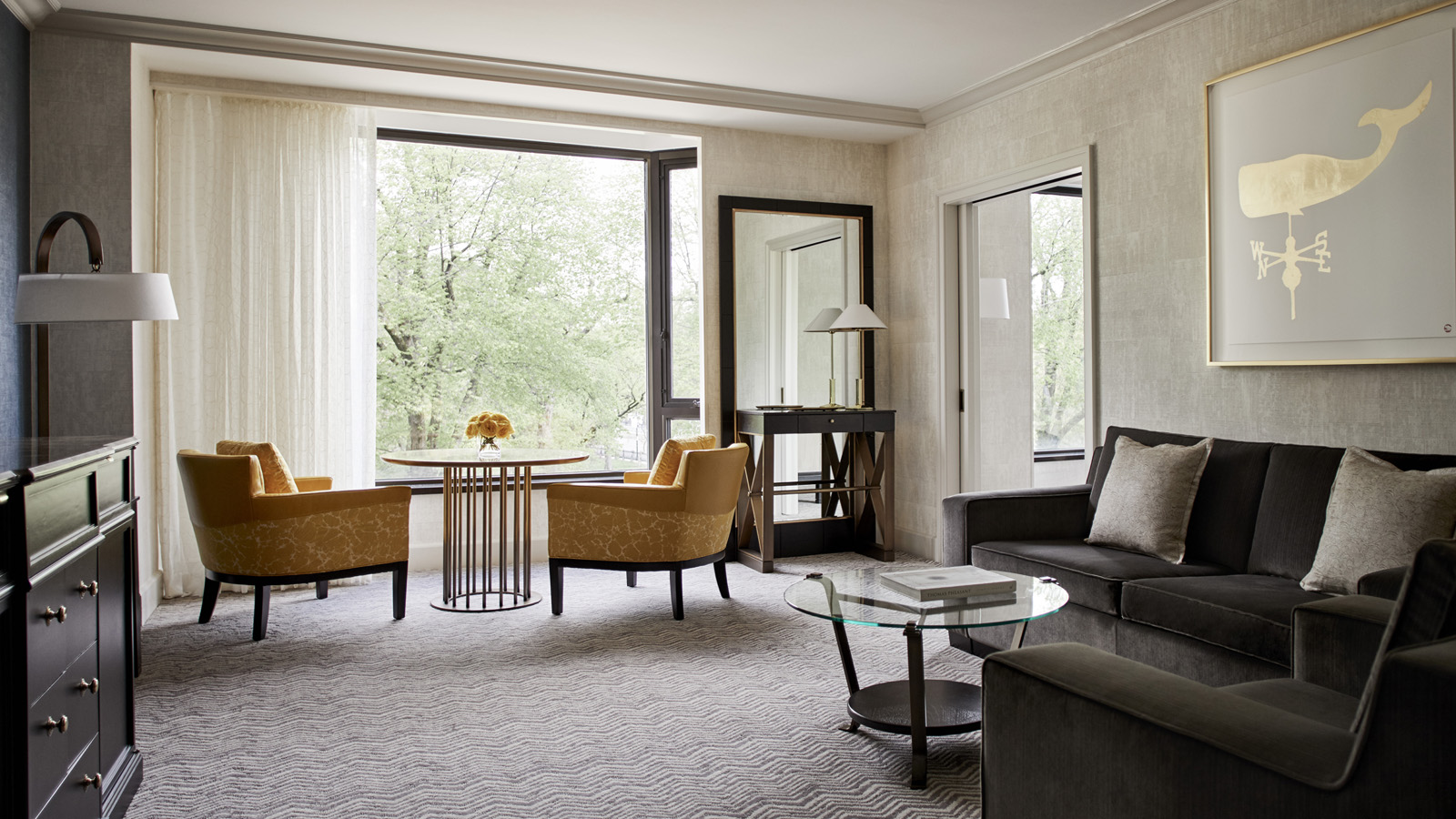 Experience Our Award Winning Service At Four Seasons Modern Conveniences Are Matched By Timeless Boston Charm To Create A Memorable Visit Room Rates