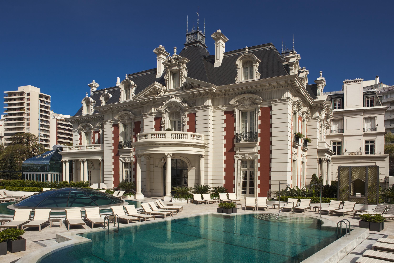 Four Seasons Hotels and Resorts | Luxury Hotels | Four Seasons | Suite La  Mansión Alzaga Unzué Suite