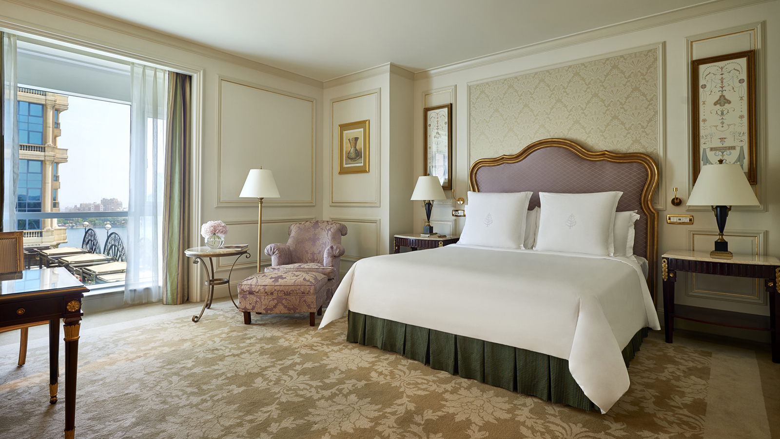 Luxury hotel offers this summer at four seasons hotels for Luxury hotel offers