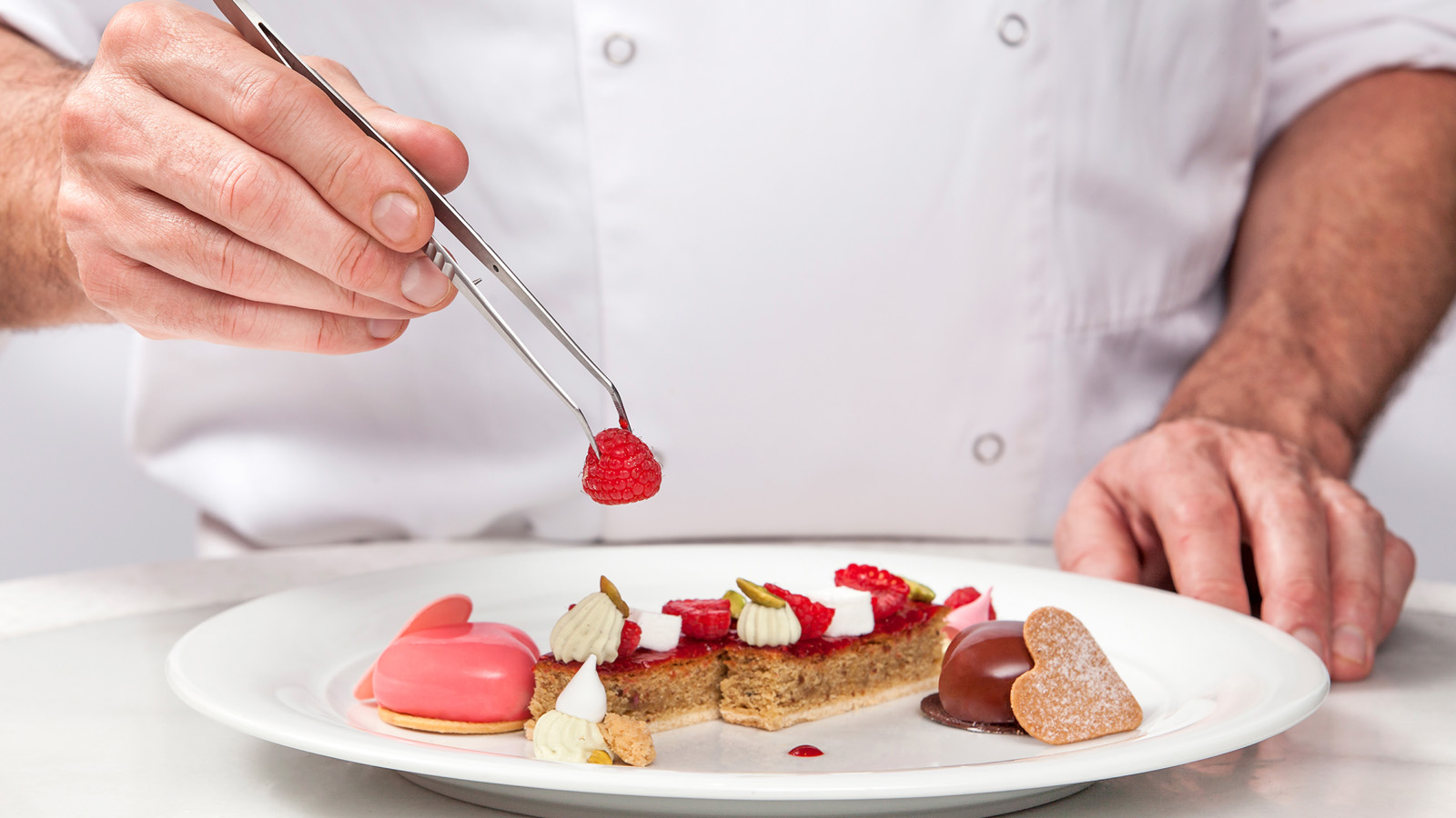 Four Seasons Hotel Beirut Brings Its Culinary Creativity and World Class  Service to Your Location