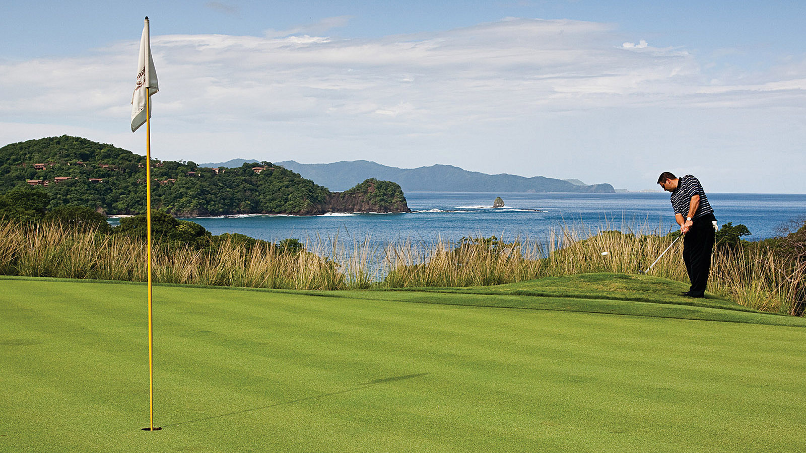 Director of Golf Randoll Viquez at Four Seasons Costa Rica