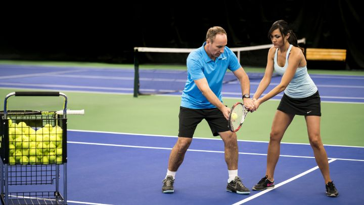 Dallas Tennis Resort | Courts & Lessons | Four Seasons at Las Colinas