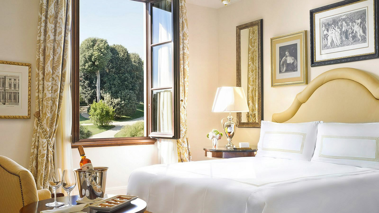 With This Offer From Four Seasons Hotel Firenze You Ll Receive A Complimentary Third Night