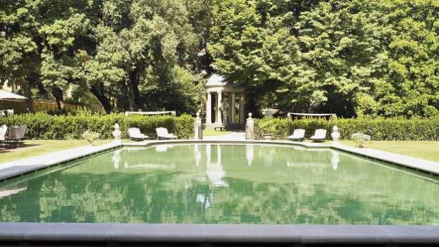 Florence Luxury Hotel Pool Four Seasons Hotel Firenze Italy
