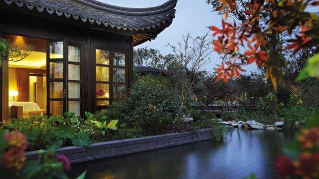 Stay Longer – Third Night Free Package Is Offered at Four Seasons Hotel Hangzhou at West Lake