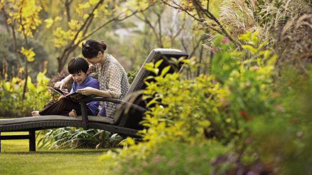 On-Site Family Activities at Four Seasons Hotel Hangzhou at West Lake
