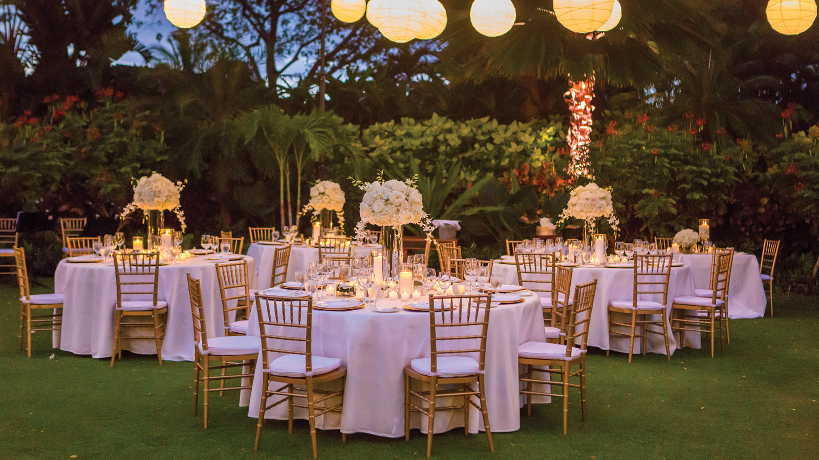 Hawaii wedding locations hualalai venues four seasons for Garden room 4 seasons
