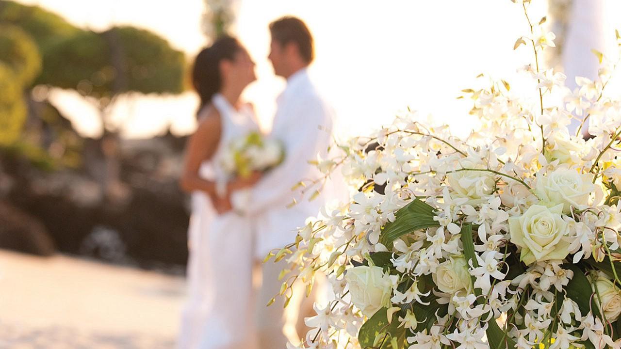Big island wedding in hualalai destination wedding four seasons weddings junglespirit Image collections