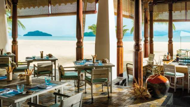 Enjoy Grilled Seafood and Steak at Kelapa Grill Restaurant at Four Seasons Resort Langkawi