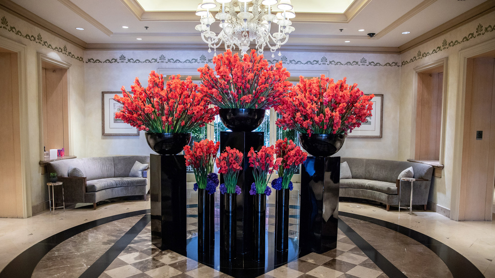 This February Immerse In Love Art And Flowers At Four Seasons Hotel Los Angeles At Beverly Hills