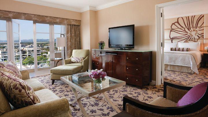 Luxury One-Bedroom Suite in LA   Four Seasons Hotel Los Angeles