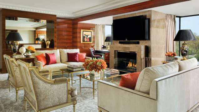 A Smarter Hotel Room at Four Seasons Hotel London at Park Lane