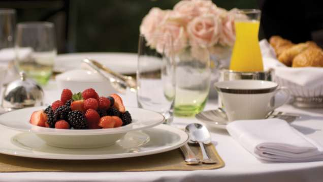 Bed & Breakfast Package at Four Seasons Hotel London at Park Lane