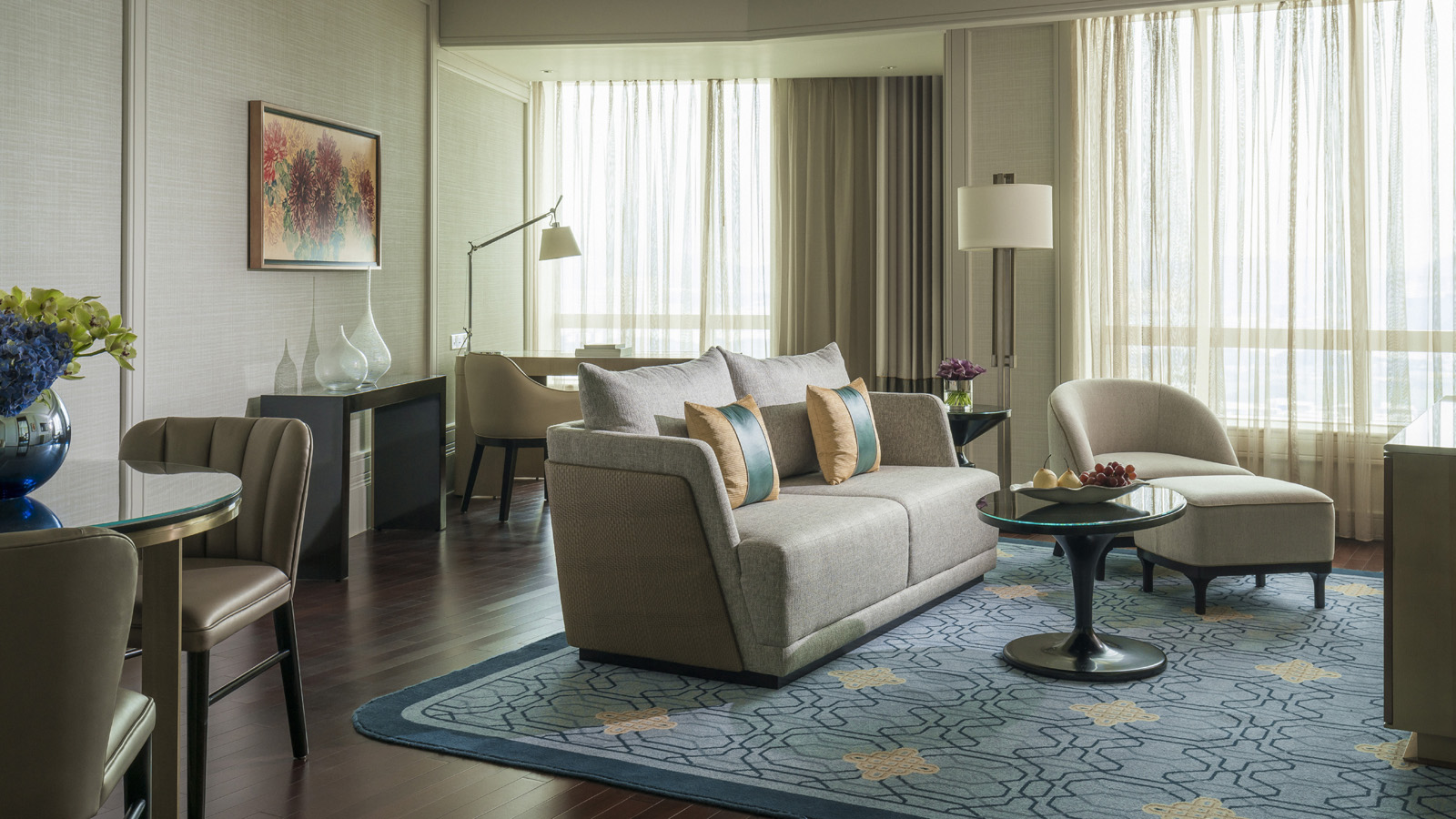 Executive Suites at Four Seasons Hotel Macau, a Luxury Hotel in Macau