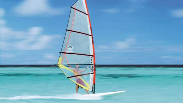 Maldives Kite Surfing