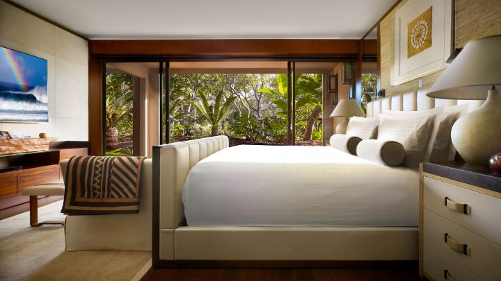 Four seasons garden view suite lanai hawaii four for Garden room 4 seasons