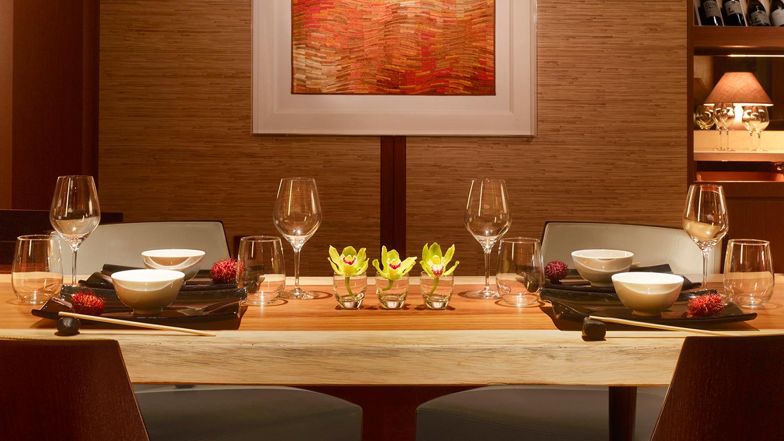 Lanai Hotel Room Service | Four Seasons Resort Lanai