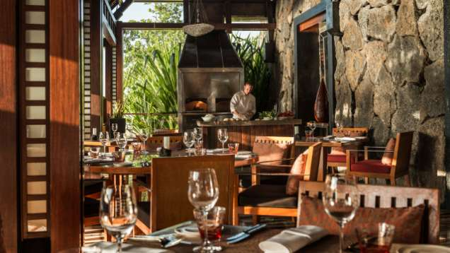 Breakfast & Dinner Package at Four Seasons Resort Mauritius at Anahita